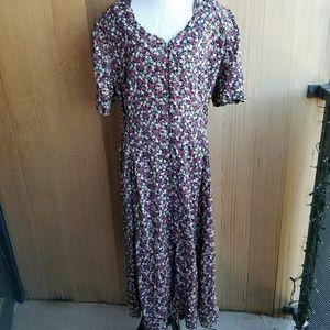Vintage Plus Size Floral Tie Back Maxi Dress